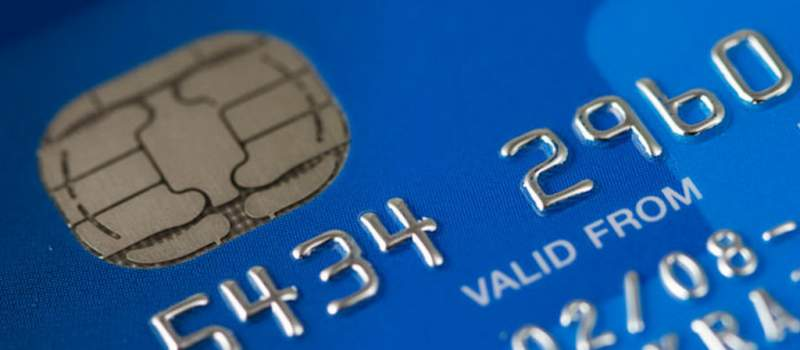 EU ograničava provizije na kartice, za nas ne važi