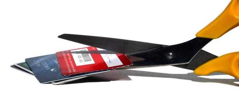 Od kreditnih kartica u 2014. odustalo oko 3.000 ljudi