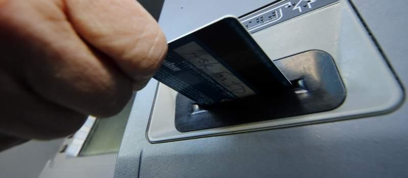 Kolika je provizija za podizanje gotovine sa bankomata?