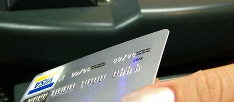 Kupovina na kartice u Srbiji izlazi iz mode