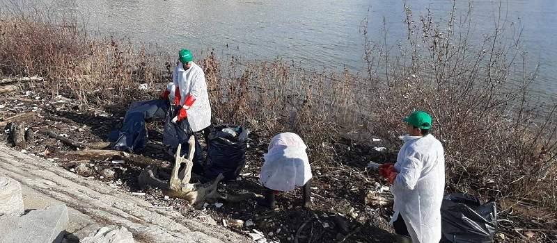"""Sberbank Srbija sakupila više od 800kg smeća u akciji """"Očistimo priobalje Beograda"""""""