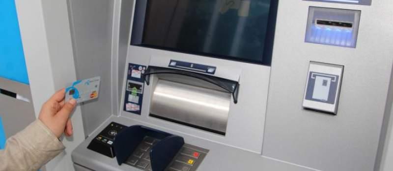 Beskontaktno podizanje gotovine na 37 bankomata