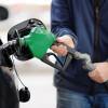 Benzin i dizel ponovo pojeftinili, skliznula i cena TNG
