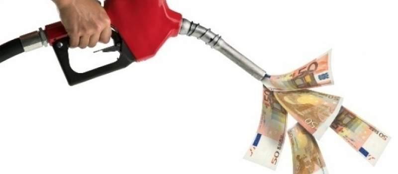 Nafta skuplja, ali blizu višegodišnjeg minimuma