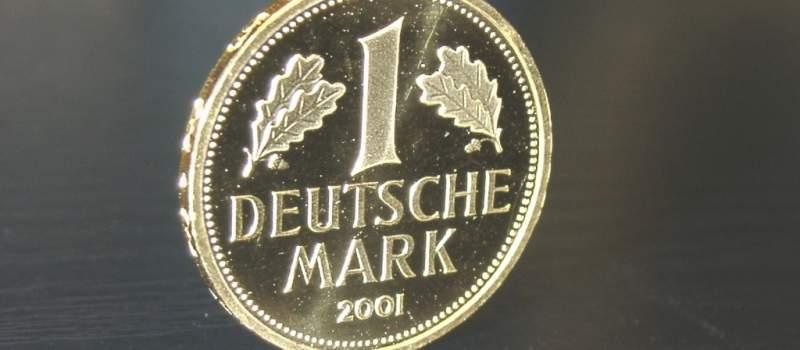 Nemačka marka se ne da, živa je i zdrava