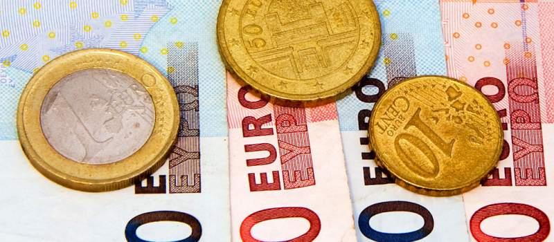 Evro danas 118,06 po srednjem kursu