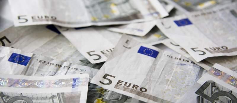 Kurs dinara 123,9124 za evro
