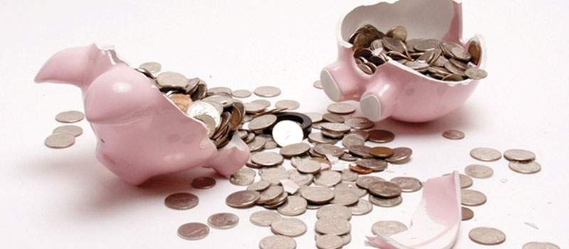 Izvršitelji blokiraju štednju da bi naplatili dugove