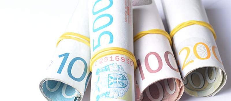 NBS prodala 30 miliona evra, kurs 121,3669