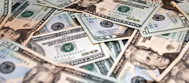 Dolar privlačniji investitorima