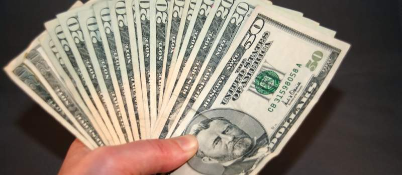 Komisija za hartije od vrednosti upozorava na veliki rizk od investiranja u binarne opcije