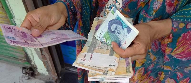 Iran denominovao rijal, obrisane četiri nule