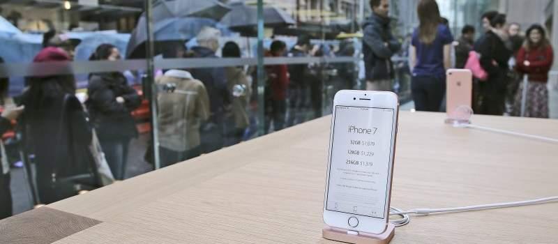 Prvi 5G iPhone stiže 2020. godine