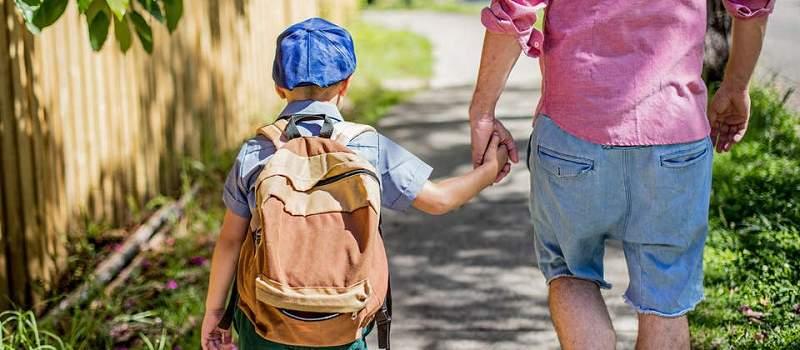 Koliko roditelje koštaju dečiji treninzi, škole plesa, jezici?