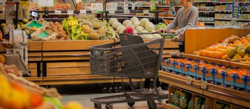 Cena voća i povrća višestruko se poveća od njive do trpeze