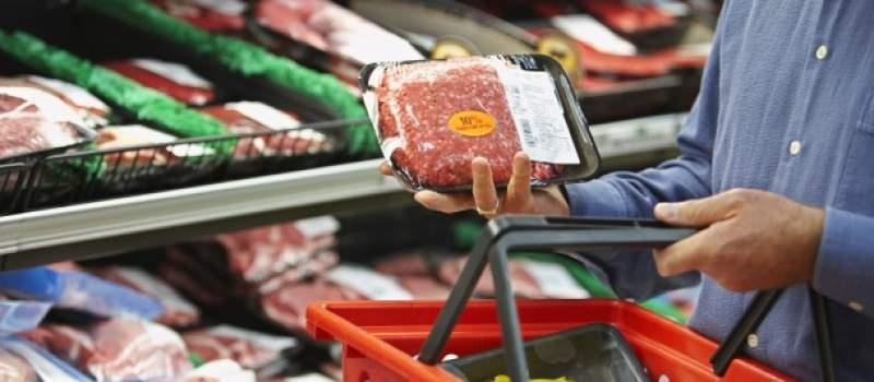 PKS: U prodavnicama svega dovoljno, jedina promena u načinu prodaje mesa