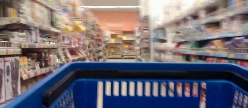 Fotorobot našeg potrošača: Nema za meso, ima za telefon