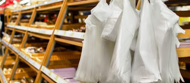 Proizvođači prodaju obične kese kao biorazgradive