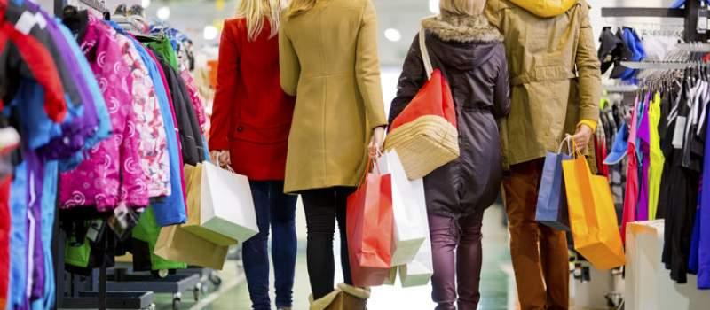 Kako uštedeti na garderobi kupovinom van sezone