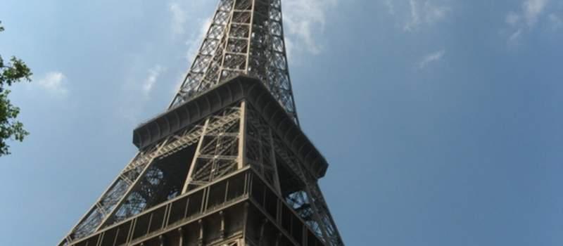 Francuska odlučna da uvede porez internet gigantima uprkos protivljenju SAD