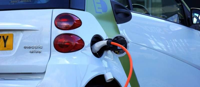 Ovo su hibridna i električna vozila za koja možete da dobijete subvenciju do 5000 evra