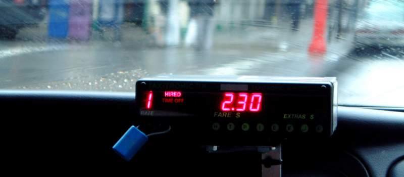 Beograd paralisan, taksisti poručuju: Gasite aplikacije ili blokiramo sve mostove