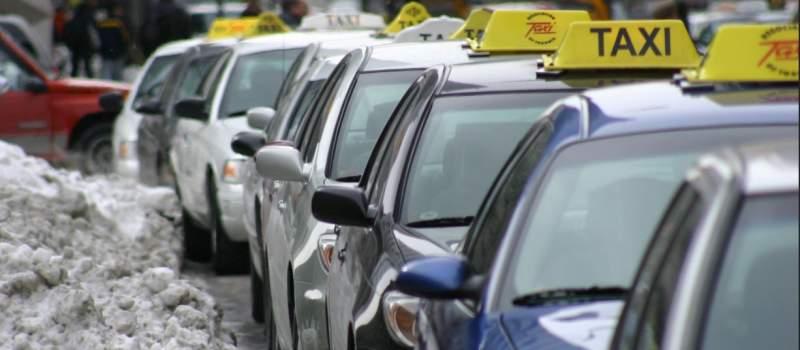 U Beogradu i danas blokade, taksisti nastavljaju sa protestima