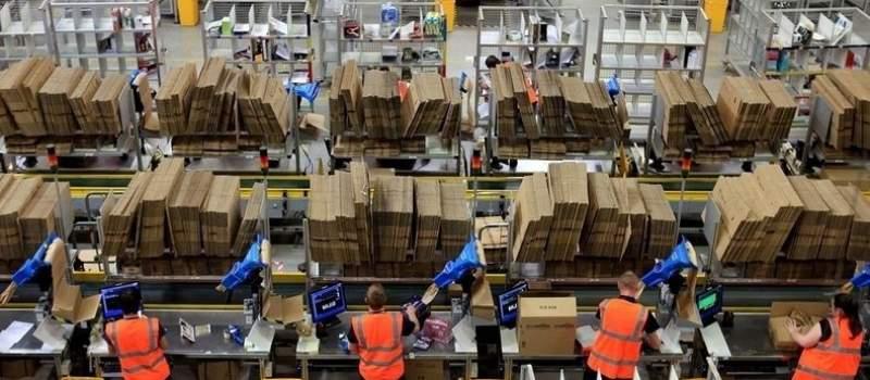 Amazon uoči Božića Prodavao 426 proizvoda u sekundi