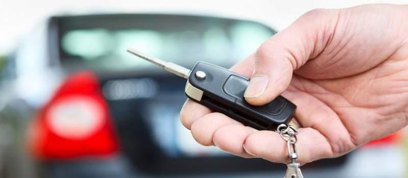 Evo koliko će vas koštati da automobil kupite dinarima