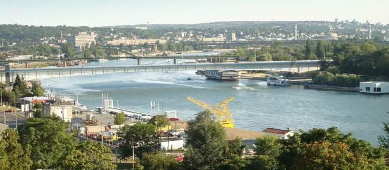 Nude 1.000-1.900 evra za posao na rečnim brodovima