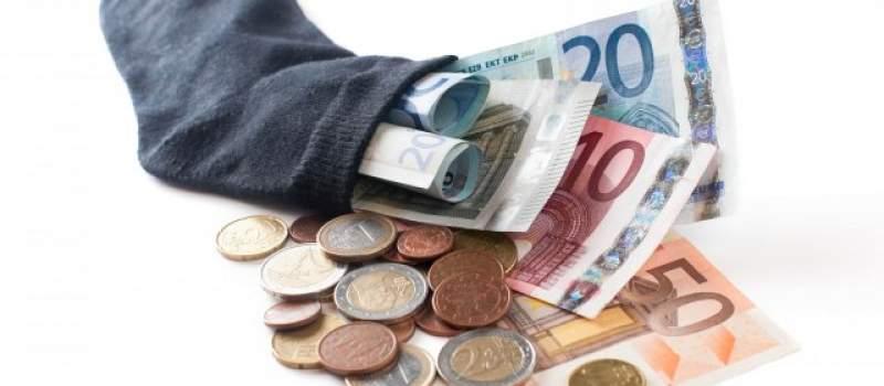 Dinarska štednja osam puta isplativija od šparanja evra