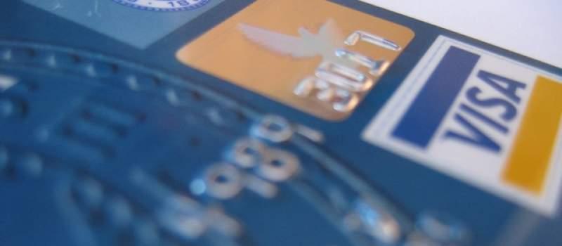 Građani sve više kasne sa plaćanjem duga po karticama