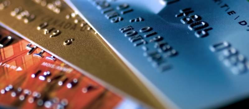 Šta se sve isplati kupiti karticom, šta ne može nikako