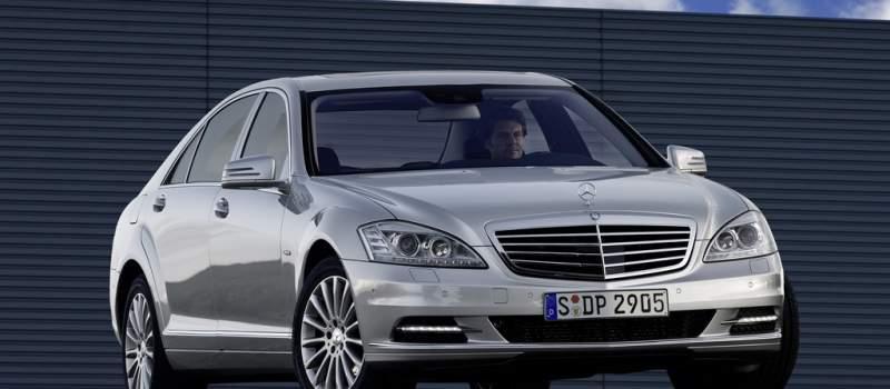 Kriza kuca na vrata velikih: Mercedes ukida smene