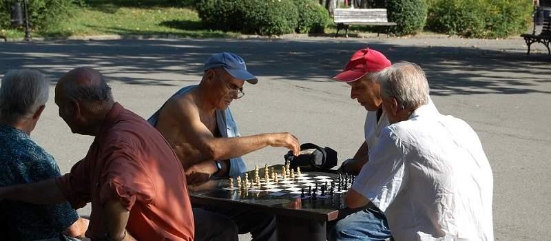 Kad se ide u penziju u Evropi, a kad u Srbiji?