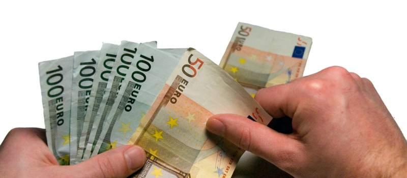 Dinar bez promene, kurs 117,9698 za evro