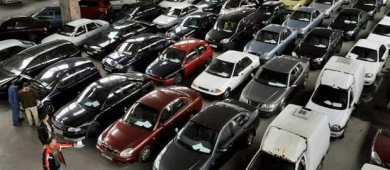 Poplavljeni automobili 40 odsto jeftiniji, pa ko sme...